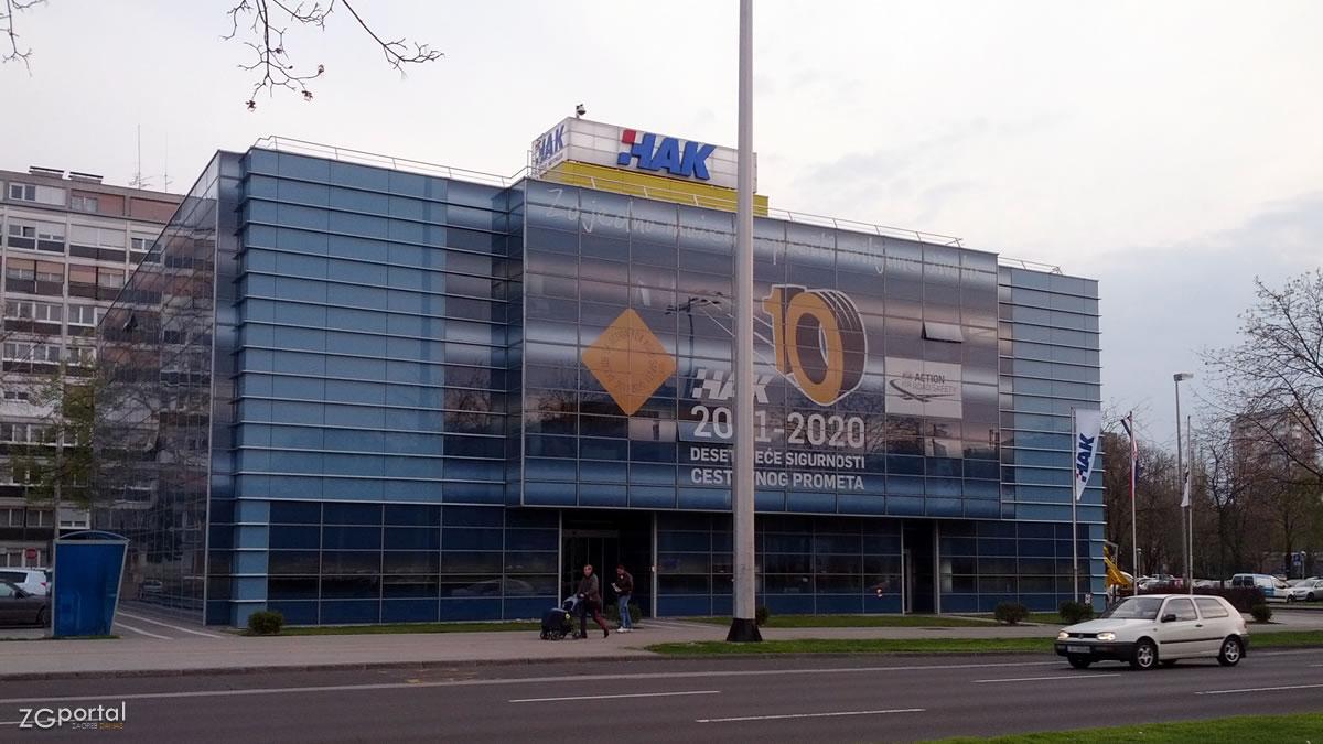 hrvatski autoklub / upravna zgrada / utrina, zagreb, ožujak 2014.