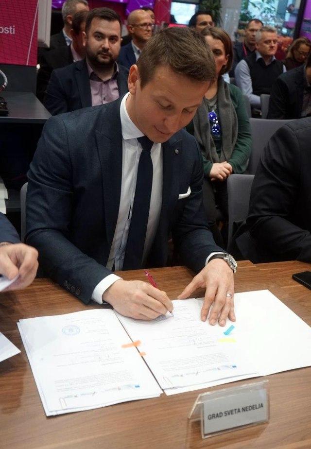 Gradonačelnik grada Sveta Nedelja Dario Zurovec / 2020