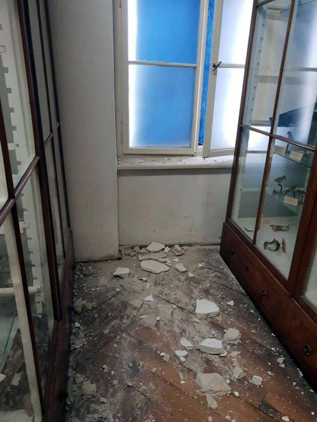 hrvatski prirodoslovni muzej - razbijene vitrine nakon potresa u zagrebu 2020.