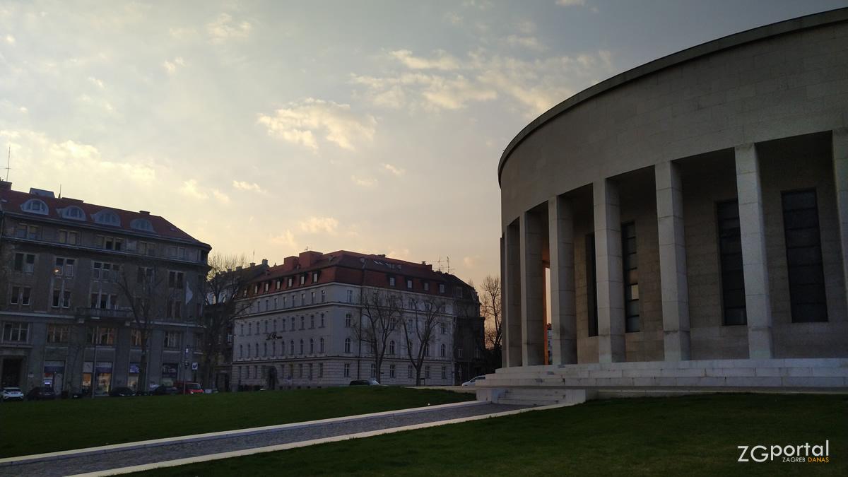 hrvatsko društvo likovnih umjetnika - meštrovićev paviljon, zagreb - travanj 2020.