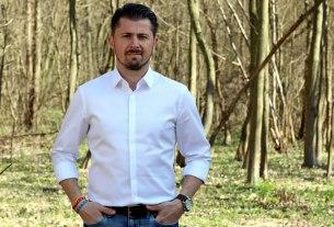 tihomir lukanić - živi zid - 2021.