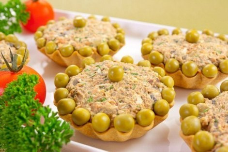 Салат «Печеночный в тарталетках» из печени курицы