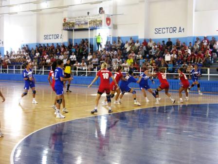"""HCM Roman, învingătoare la turneul Cupa """"Roman Vodă Mușat"""""""