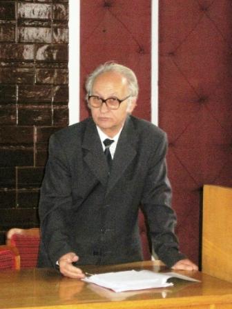 Mihai Gavriluț, profesor de sport și mate