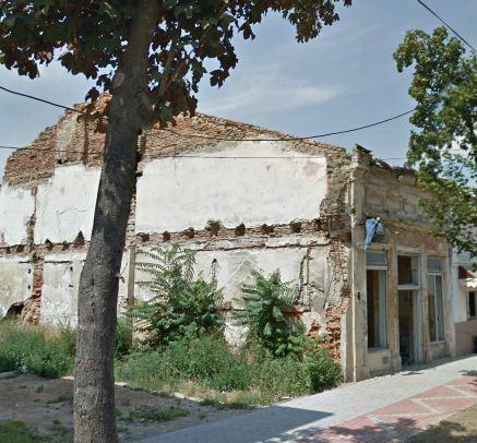 Casa abandonată a unui evreu va fi demolată