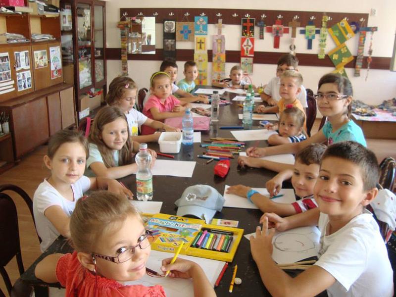 Școli de vară pentru copii, la îndemâna părinților