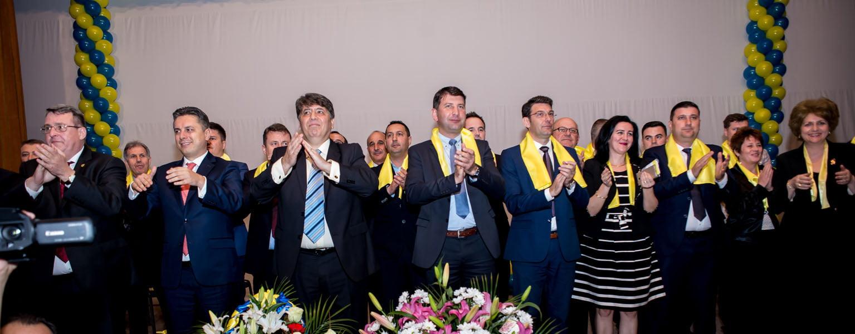 Echipa PNL, în rândul marii familii romaşcane