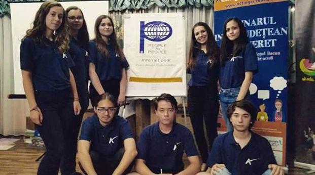 Voluntarii PTP Roman, colaborare pentru o societate activă şi responsabilă