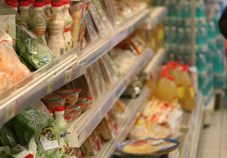 Programul magazinelor de Paști