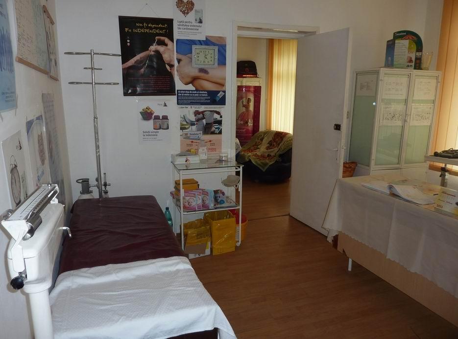 Soluția pentru bolnavii care nu au nevoie de asistență de urgență: centrele de permanență