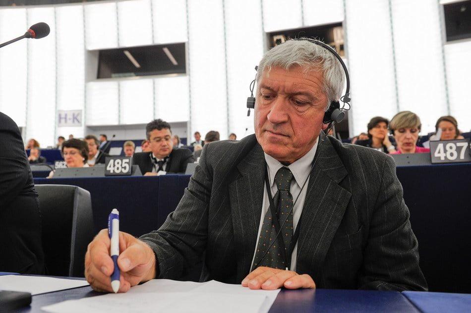 Eurodeputatul Mircea Diaconu revine la Roman, într-o nouă ediție a turului României