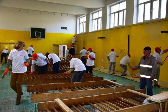Voluntariat E.ON la unităţi de învăţământ din judeţele Neamţ şi Suceava