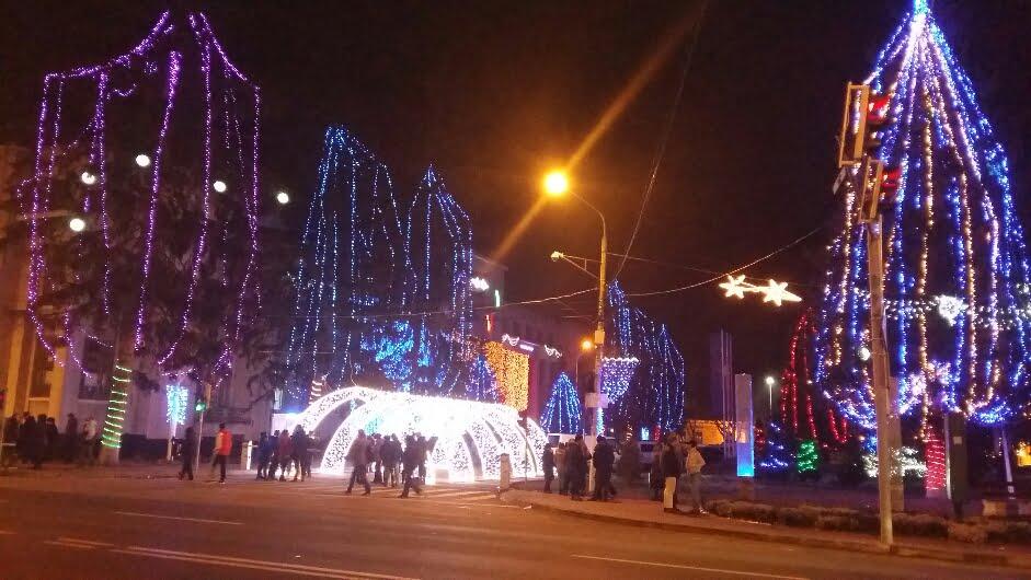 Iluminatul ornamental și Sătucul lui Moș Crăciun se închid