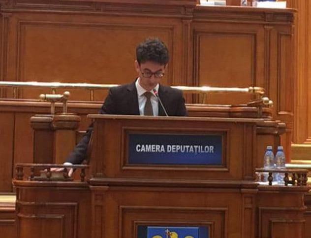 """Deputatul USR Iulian Bulai: """"TVR și RRA sunt două instituții mamut care toacă banii publici nerațional"""""""