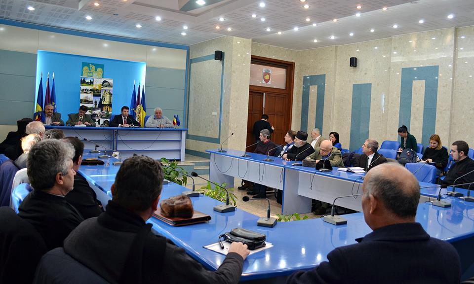 """Reprezentanţii cultelor au cerut Primăriei """"decât"""" câteva milioane de euro"""