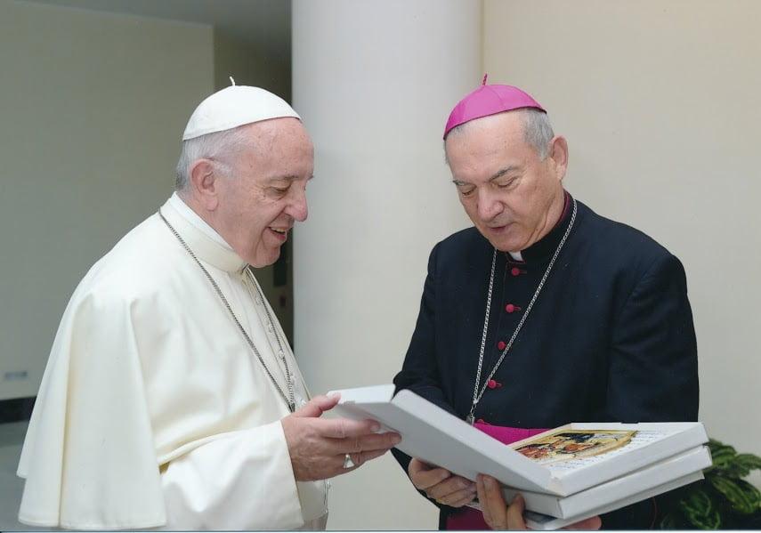 Papa Francisc, în vizită în România, vine la Iaşi