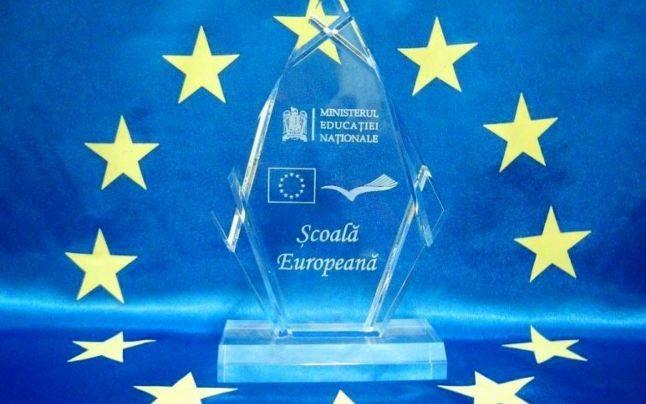 """Colegiul Tehnic """"Danubiana"""" din Roman, câștigător în competiția națională """"Școală Europeană"""""""