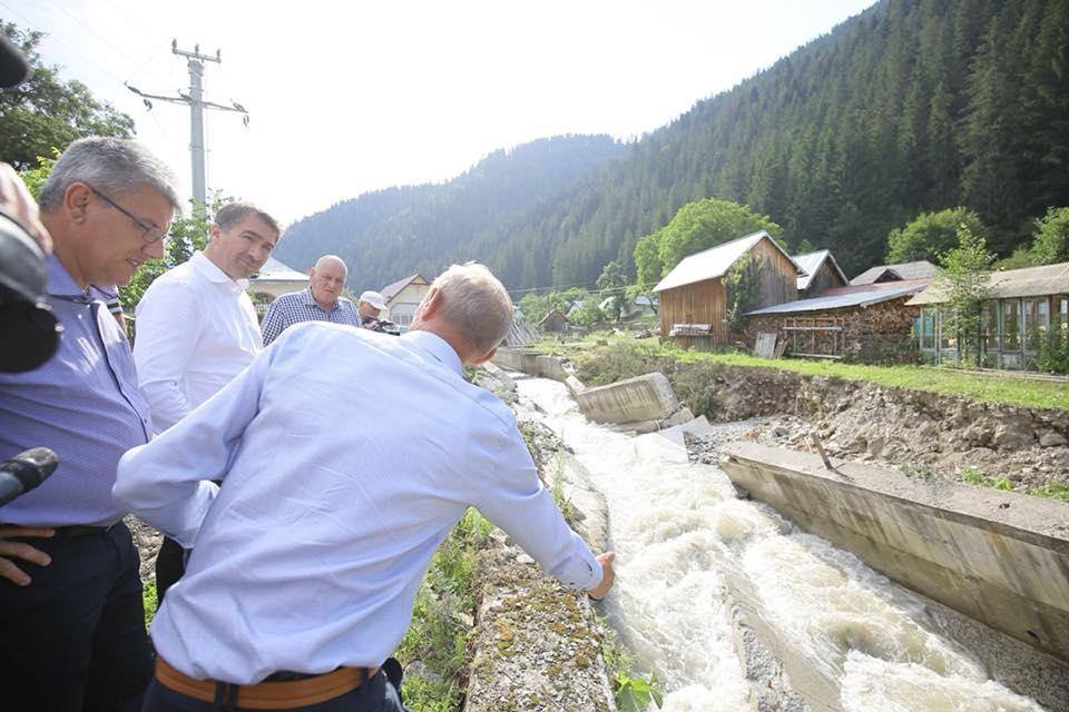 Ministrul Apelor și Pădurilor a vizitat zonele afectate de inundații din județul Neamț