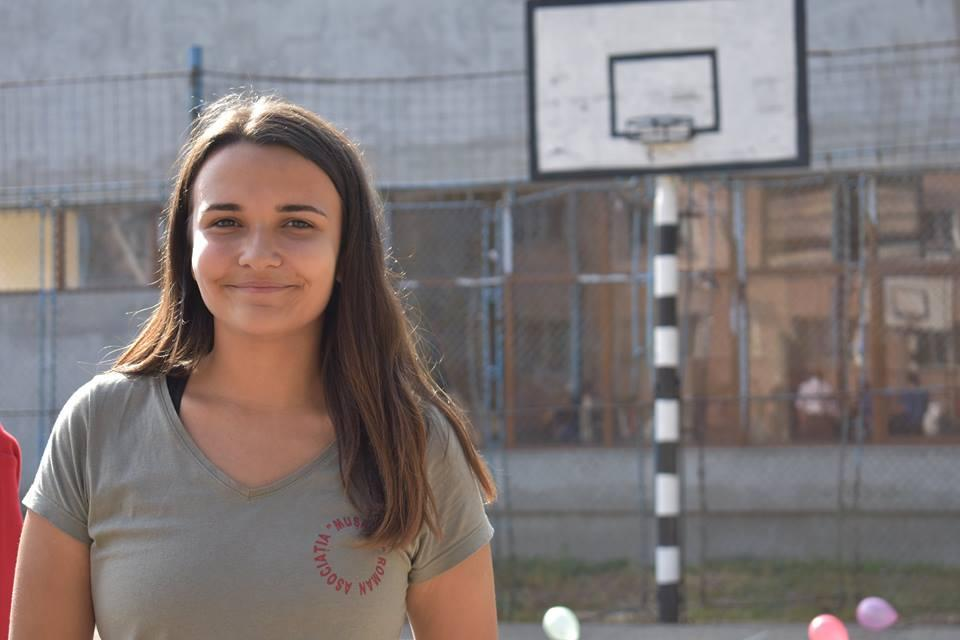 Romașcana Larisa Ciocan, aproape de a obține titlul de voluntarul anului