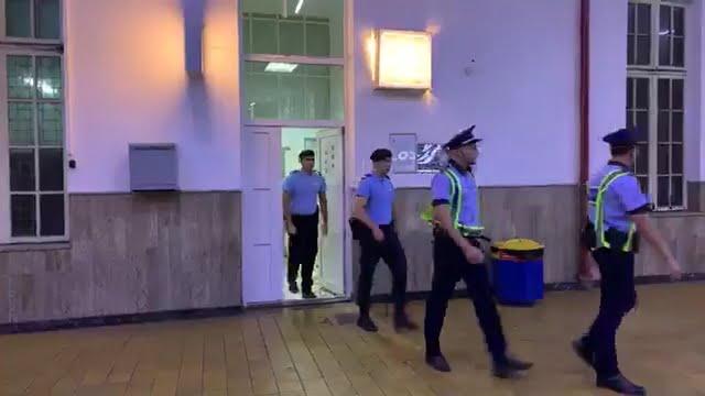 Stațiile de cale ferată, controlate de polițiști și jandarmi