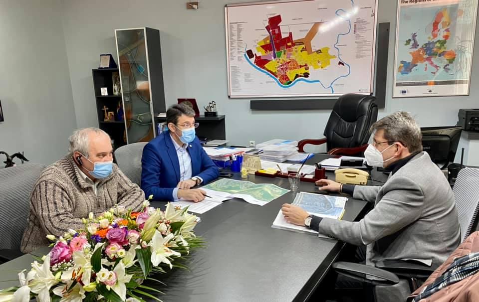 Noi demersuri pentru proiectul de amenajare a falezei râului Moldova