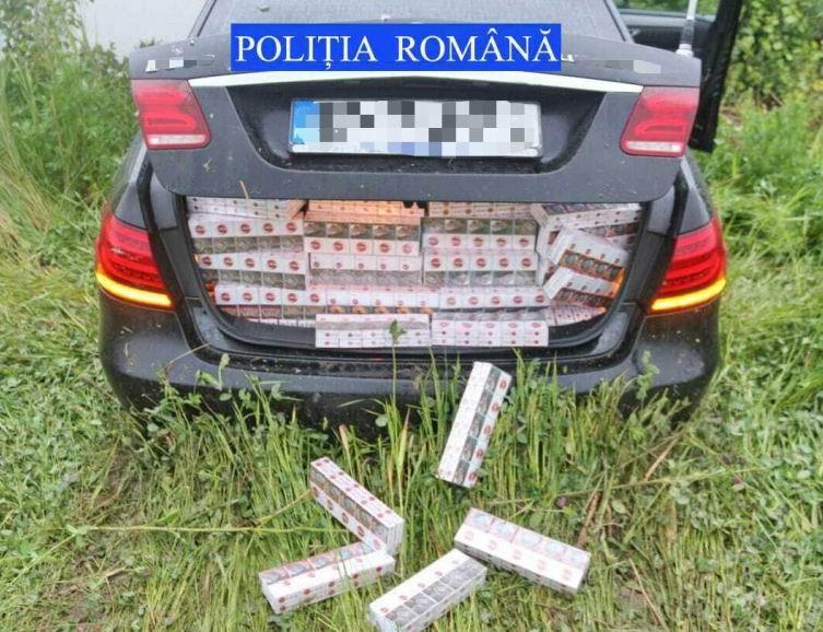 Urmărire pe străzile din Roman, pentru prinderea unui contrabandist de țigări