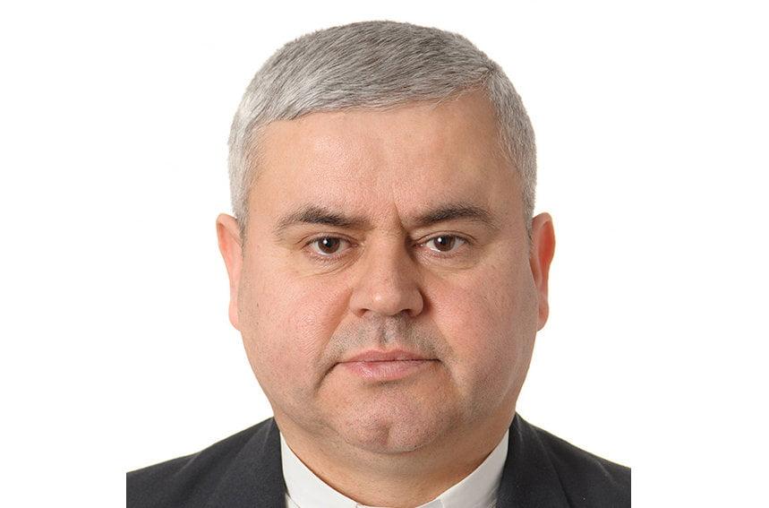 Mons. Petru Sescu, din Săbăoani, numit episcop auxiliar de Iași de către papa Francisc