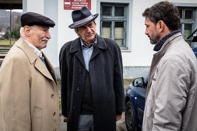 "Andi Vasluianu, Victor Rebengiuc și Marcel Iureș în ""OCTAV"" (Foto: Adi Marineci)"