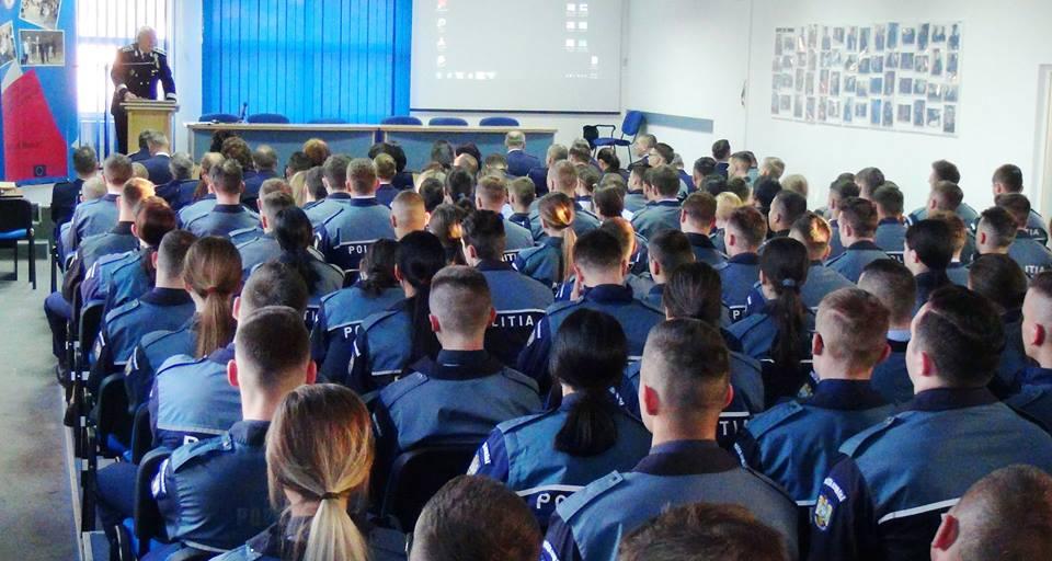 Încep înscrierile pentru admiterea la școlile de poliție. Peste 1.500 de posturi scoase la concurs