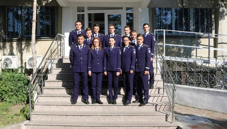 12 absolvenți ai unităților de învățământ ale MAI, în echipa IPJ Neamț