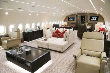 In giro per il mondo con un Boeing 787-8 Dreamliner a noleggio