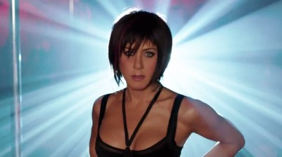 jennifer-aniston-strip-teaseuse