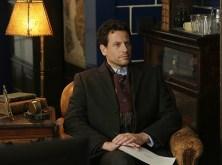 FOREVER - Pilot (ABC/Patrick Harbron) IOAN GRUFFUDD