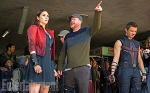avengers 2-scarlett wich & hawkeye