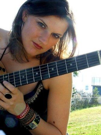 Claire Wyndham02