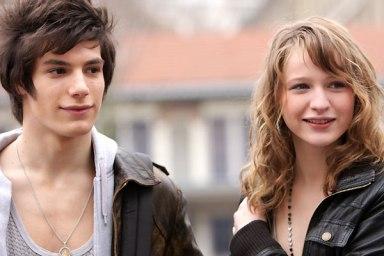 Jeremy Kapone et Christa Théret - Lol