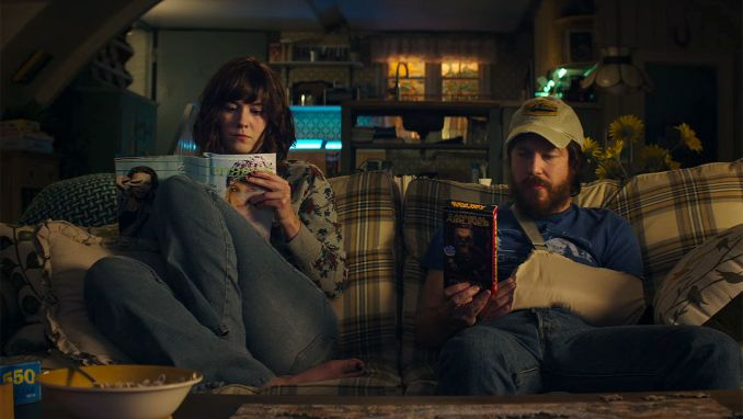 10 Cloverfield Lane Critique 2