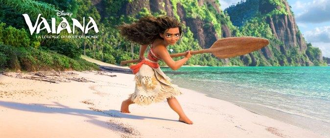 Vaiana est une adolescente qui se rêve en exploratrice hors-pair et qui fait du demi dieu Maui son allié pour poursuivre une quête ancestrale.