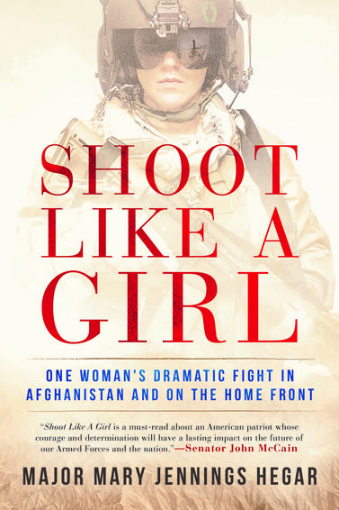 Shoot Like A Girl (livre)