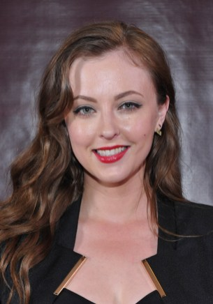Katharine Isabelle (2)