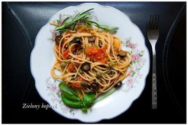 spaghetti puttanesca spaghetti ladacznicy