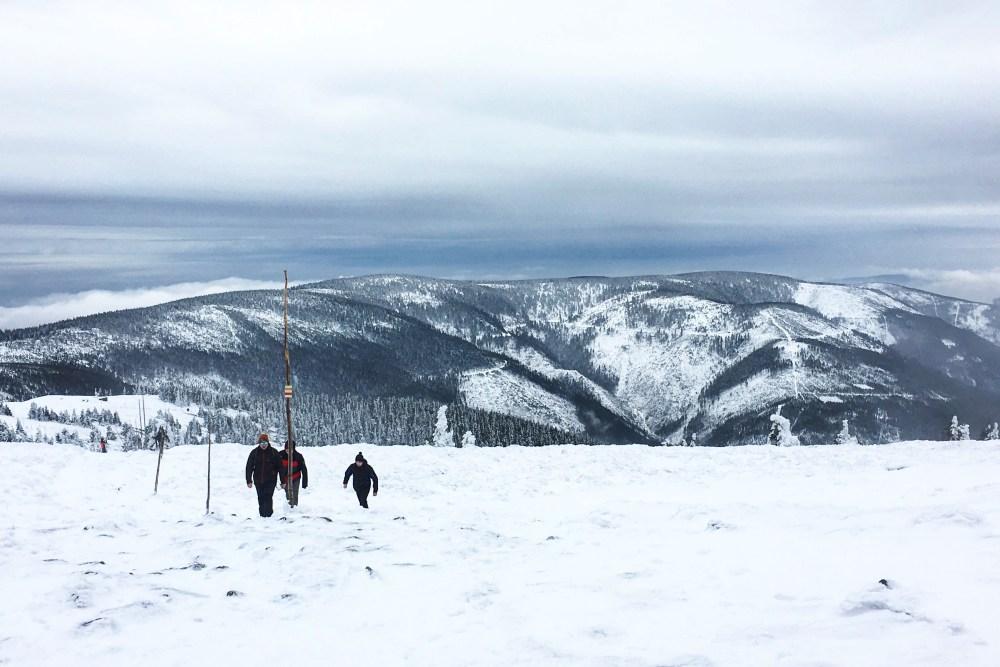 Szlak na Śnieznik zimą