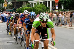 Bicycle racers drafting 300x199 - BIKE ACCIDENT LAWYER DISCUSSES:  IS DRAFTING ON A BICYCLE A VIOLATION OF NY LAW?