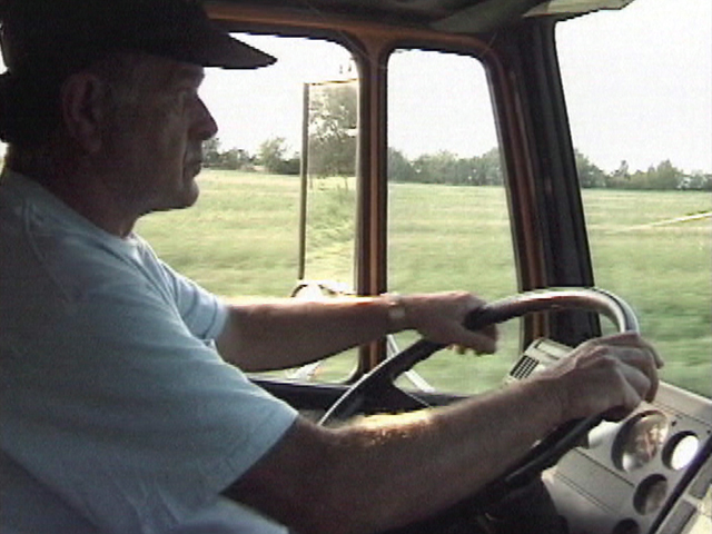 53 3032.00 1 - Sleepy Truck Drivers Can Kill, Says NY and PA Truck Accident Lawyer