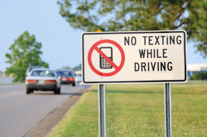 Auto body shops in PA and NJ want you to stop texting - new PA no texting while driving law
