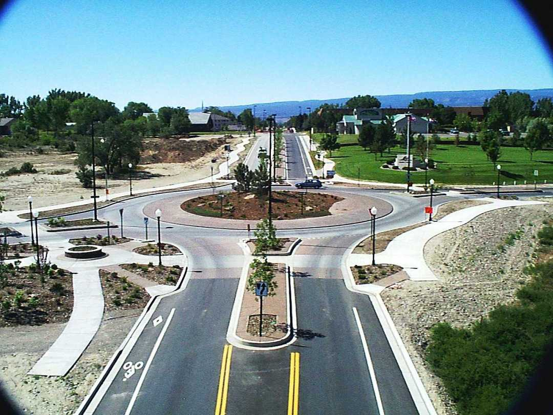 RoundABoutPicture - Learn How To Safely Navigate Roundabouts from a NY and PA Injury Lawyer