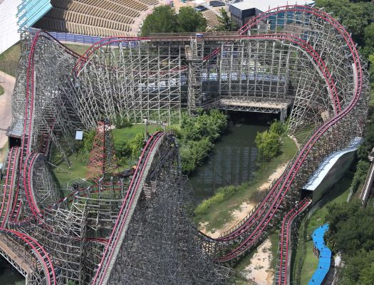 Texas Giant - Roller Coaster Death In Texas, Near Drownings in Ohio, Leave Questions About Safety In Amusement Parks