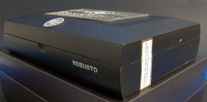rocky-patel-15th-robusto-02