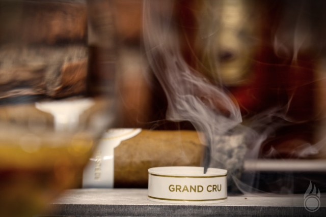 Davidoff Grand Cru Robusto Pairing Seven Seals Whisky