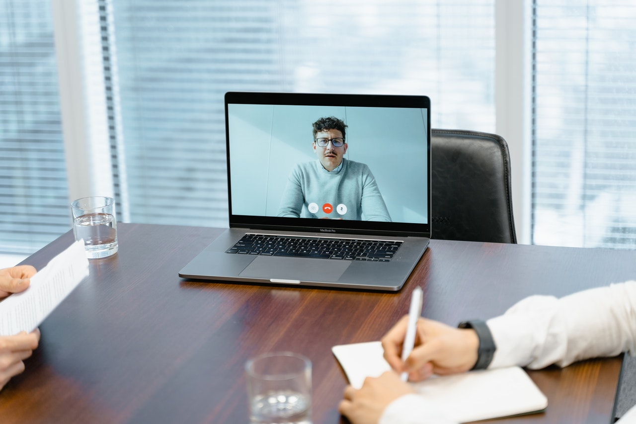 10 Ways to Set Up Video Interview Process in Right Way